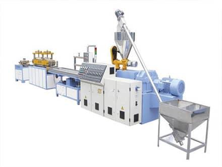 PP塑料片材生产线的实用性需要注意定制